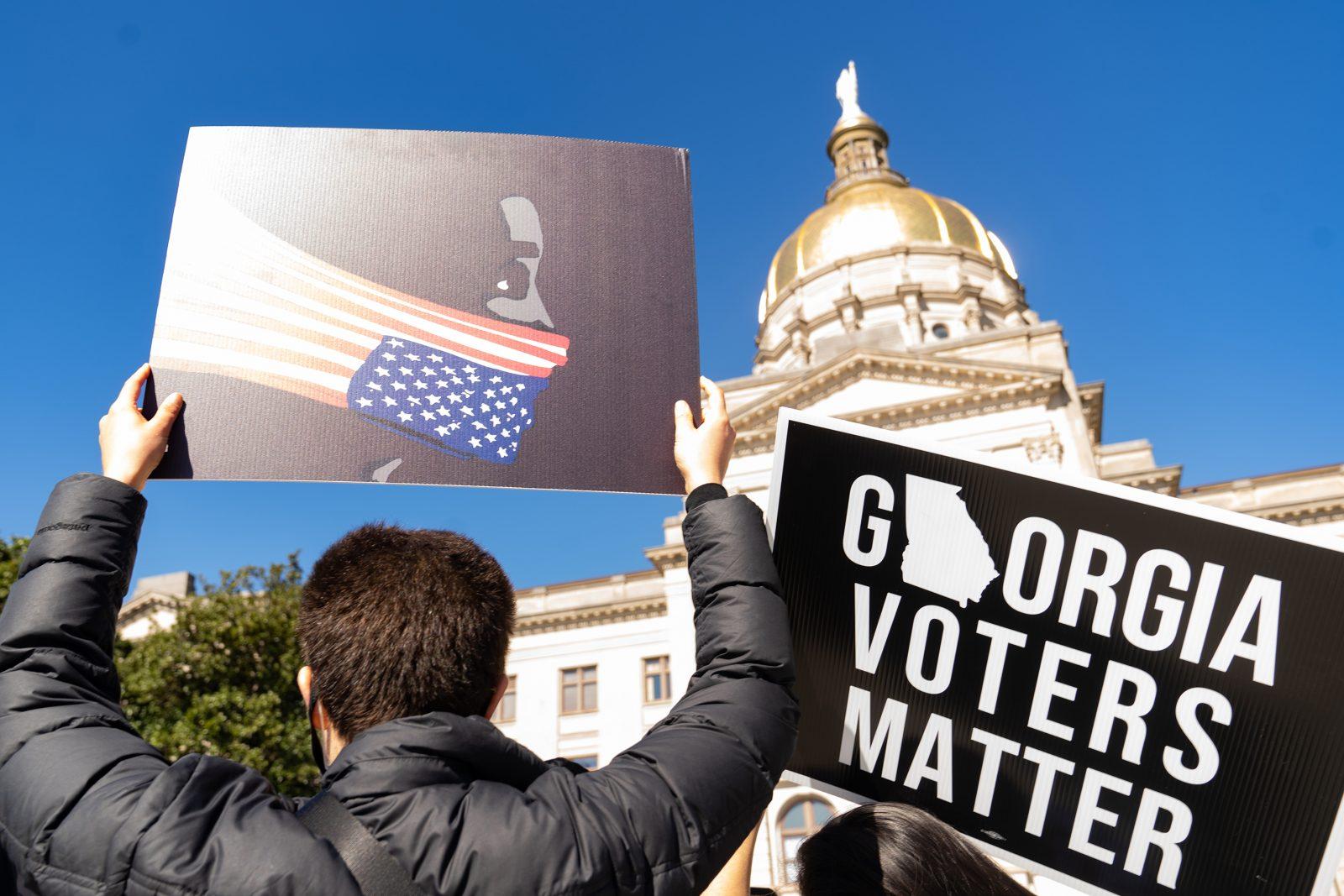 Georgia's U.S. Senators Introduce Voting Bill To Limit Politicization of Elections