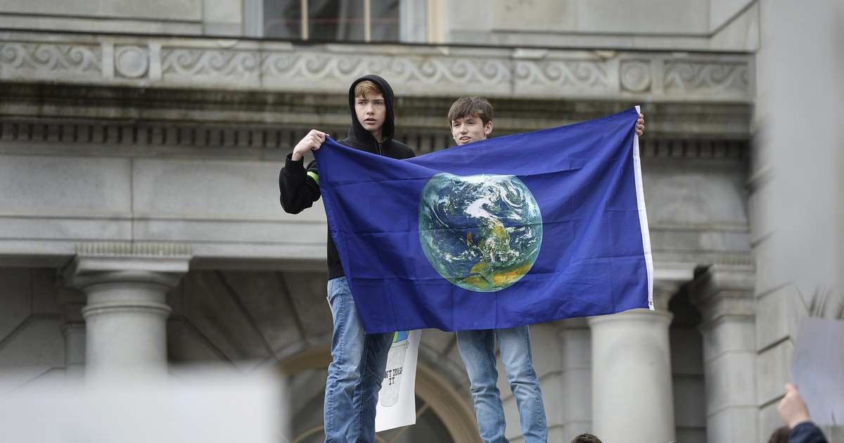 Maine Becomes the First State To Commit to Fossil Fuel Divestment Through Legislation
